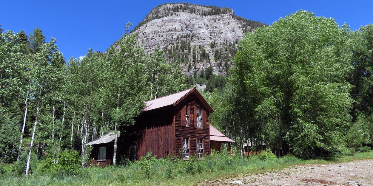 Crystal, Colorado cabin with rock mound backdrop